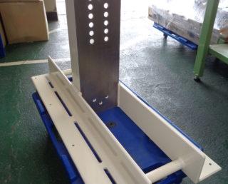 プロペラシャフト安全カバー台座定盤部